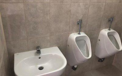 VORHER – NACHHER: Neue Toilettengebäude für Kinder in Moldawien